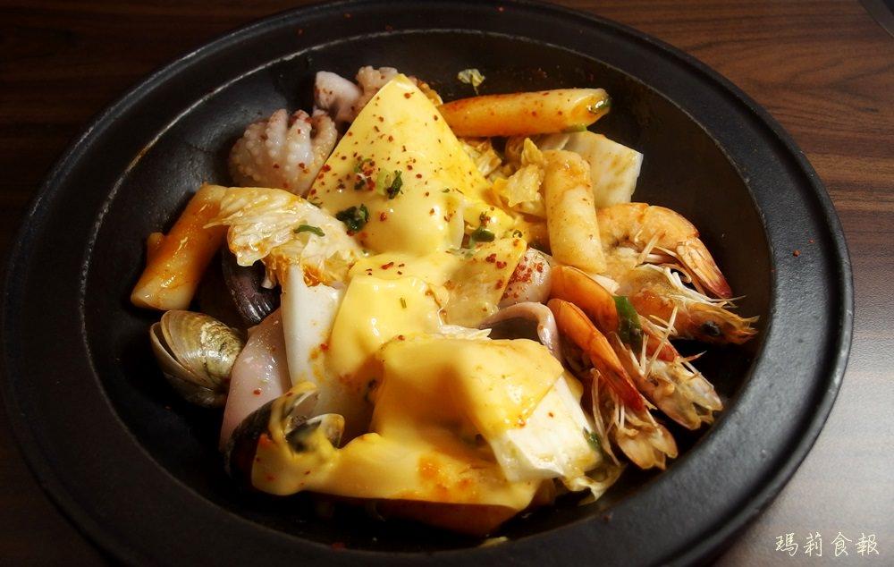 台中東區美食|劉震川日韓大食館 鍋物好吃 煎餅是隱藏美食