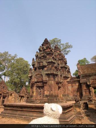 柬埔寨景點 到吳哥窟旅行的小羊兒
